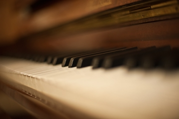 Piano_bokeh_by_NickKoutoulas